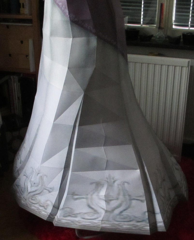 life size zelda assembly closeup:left side skirt by minidelirium
