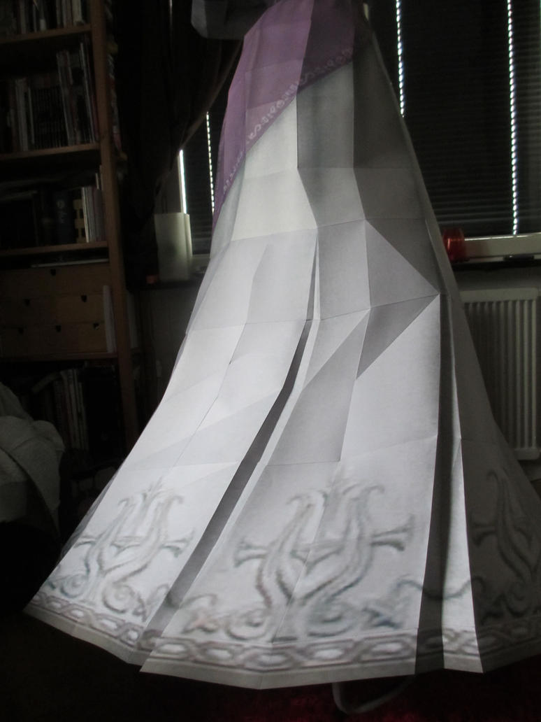 life size zelda assembly closeup:right side skirt by minidelirium