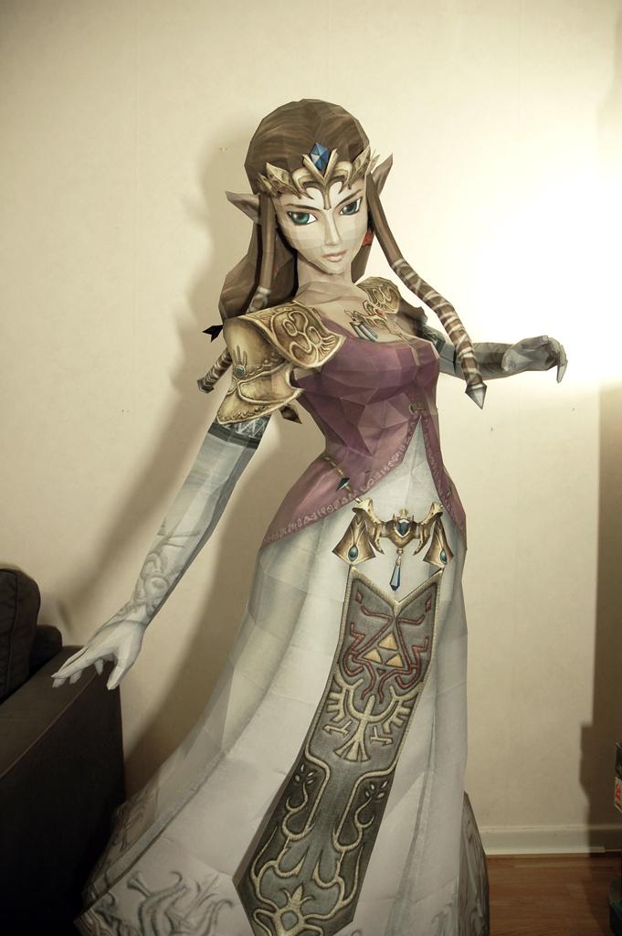 Zelda life size papercraft 2 by minidelirium