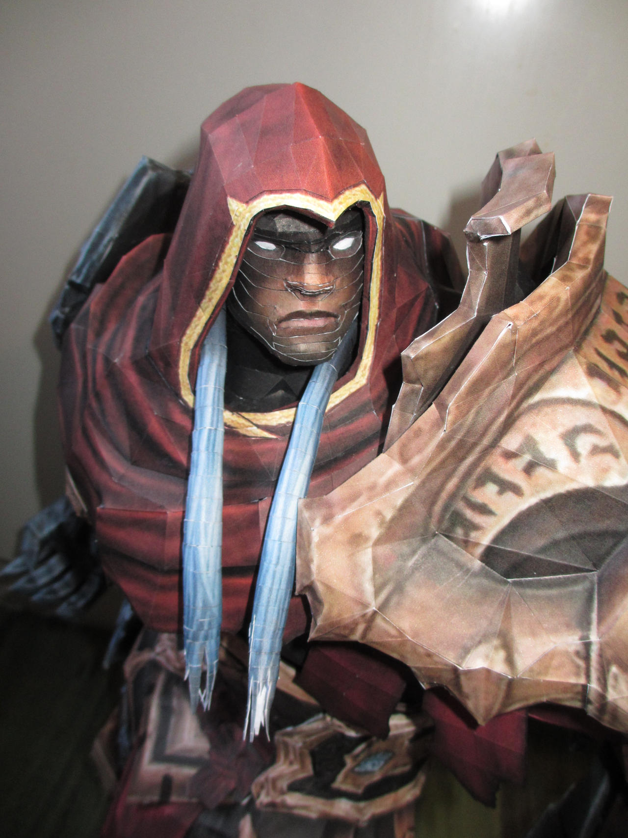 War from Darksiders papercraft face closeup by minidelirium