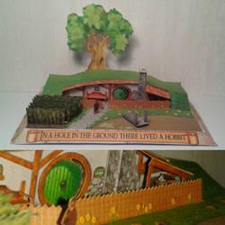 Hobbit hole diorama papercraft