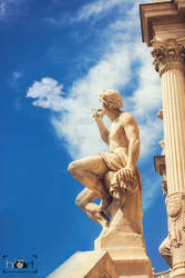 The role of statues