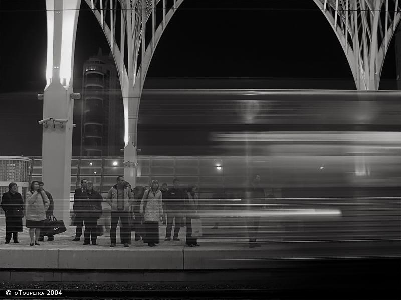 Passing Train by oToupeira