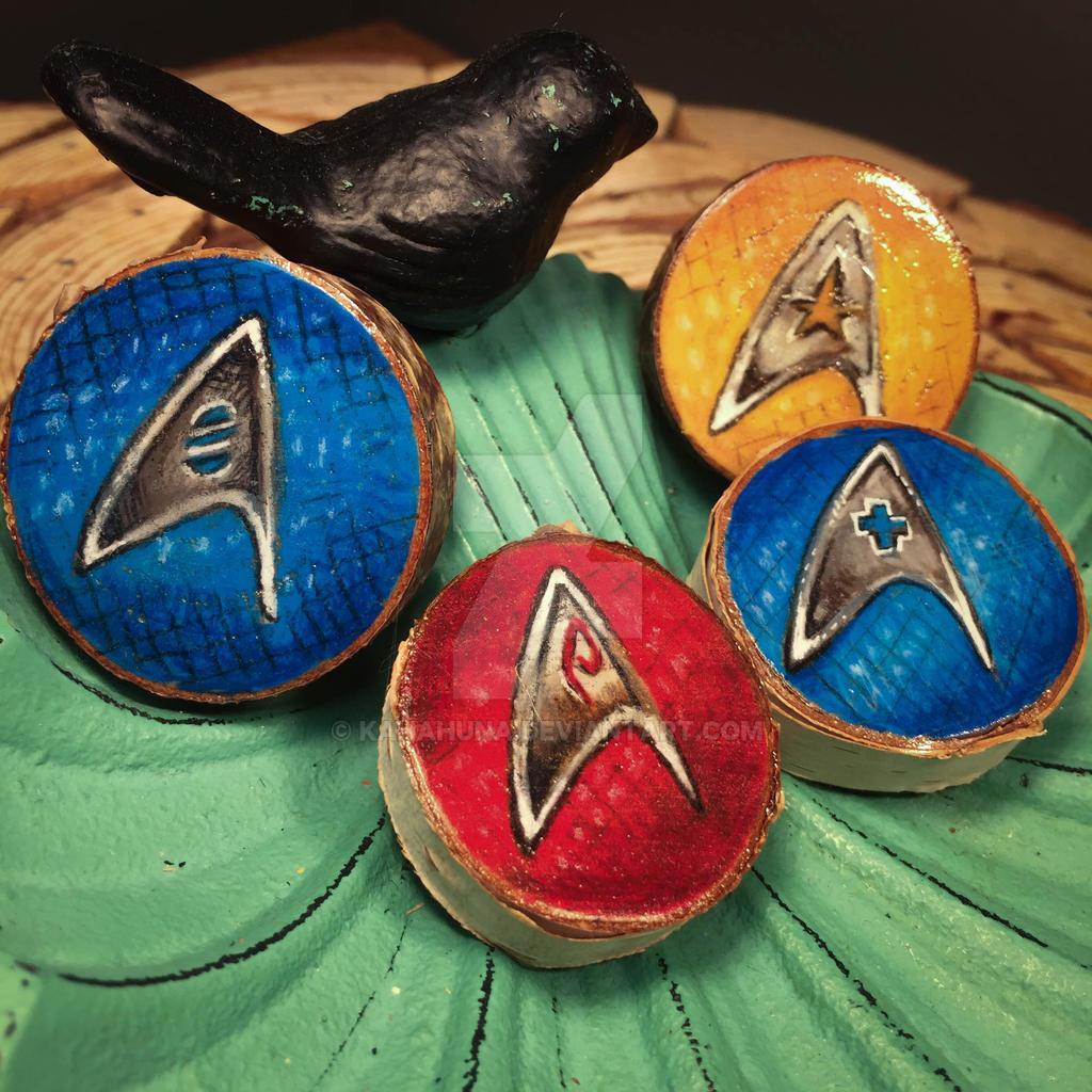 Star Fleet badges by kahahuna