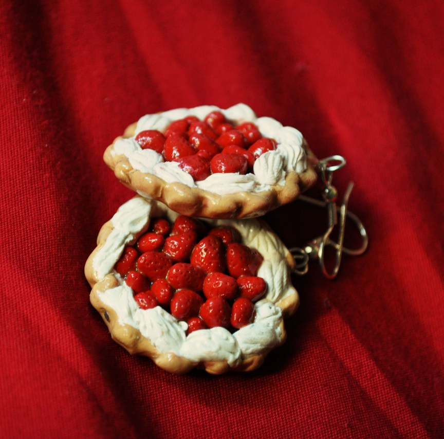 Strawberry Pie Earrings by zoshalucyna