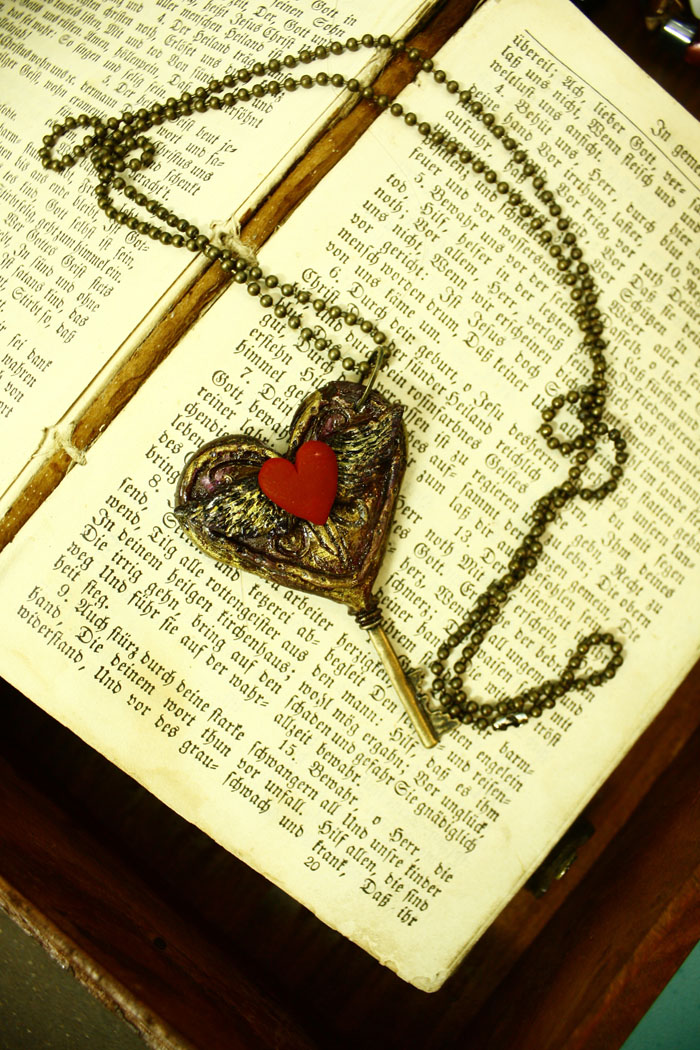 Key to my heart -Rustic locket by sixAstray