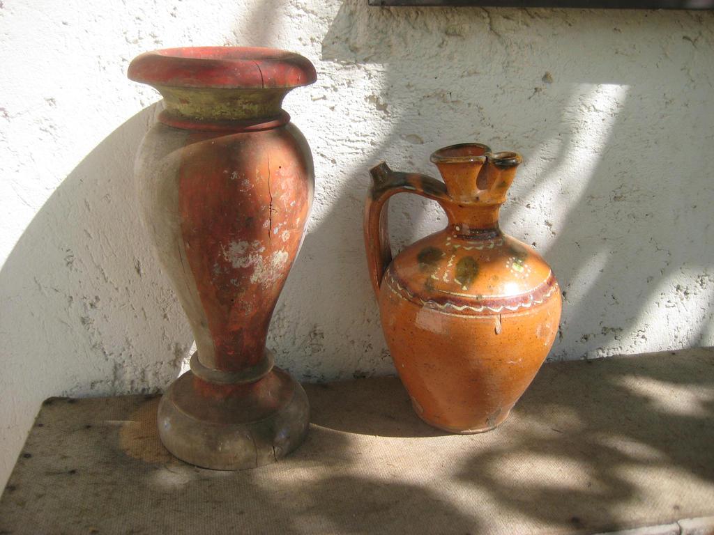 Old vases by hope555 on deviantart old vases by hope555 reviewsmspy