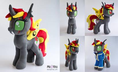 Lisa (Changeling/Fallout Equestria OC) plush by meplushyou