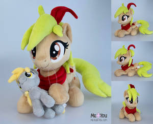 My own OC plush: Pixie!