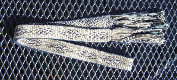 tablet weaving birka knots by were-were-wolfy