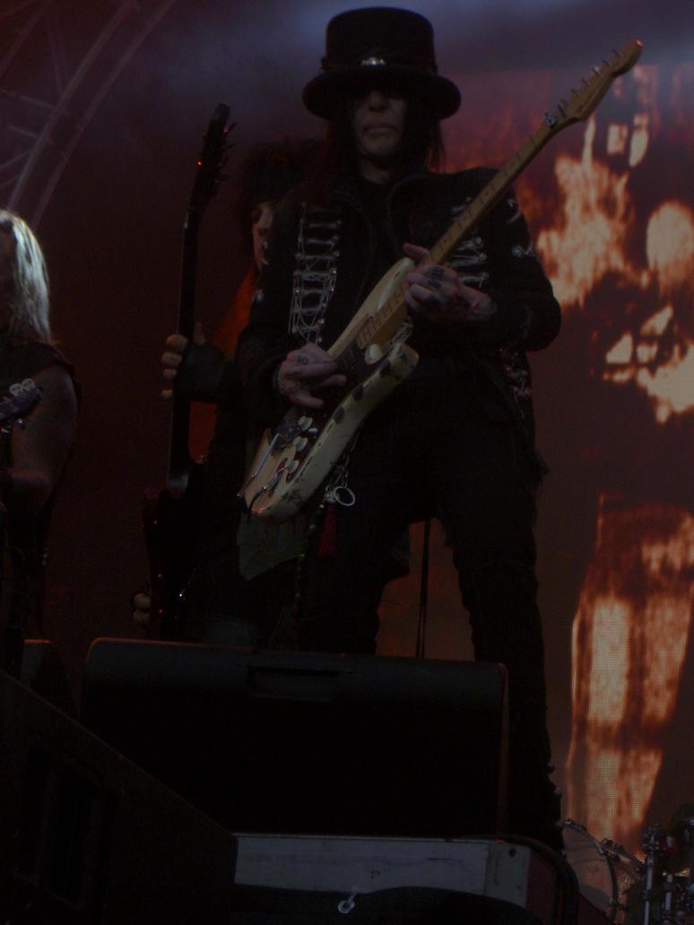 Motley Crue feat. Slash Concert by Durah
