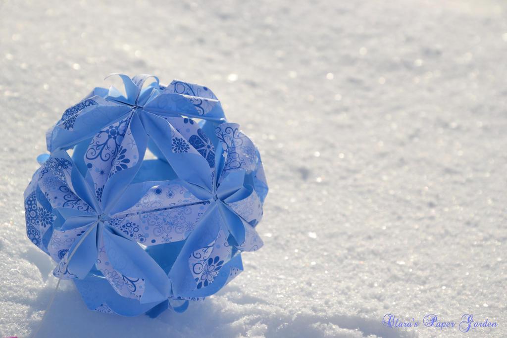 Snowglobe by cridiana