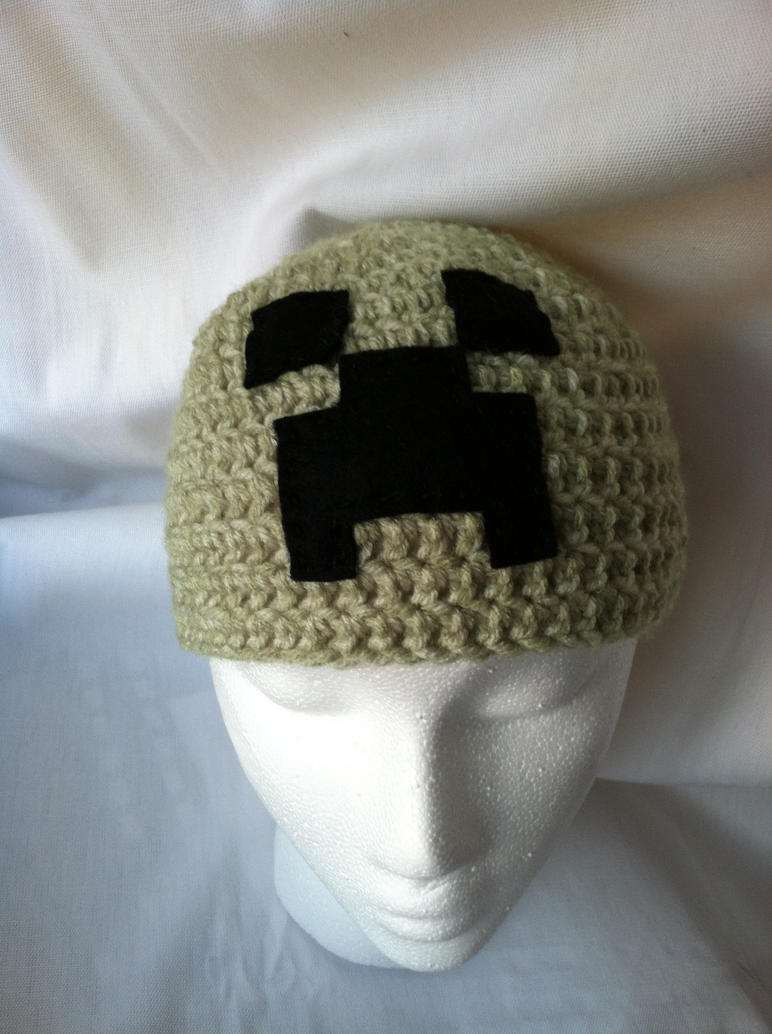 Crochet Minecraft Creeper beanie by NerdStitch
