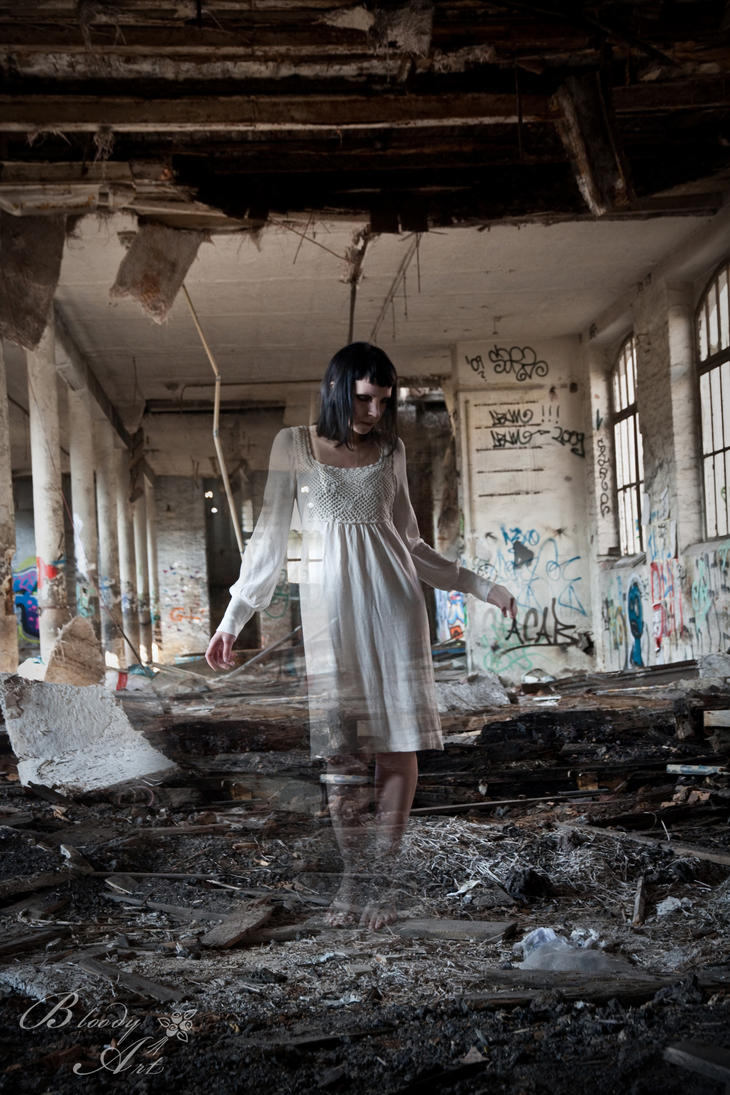 she ghost by BloodyKissAtNight