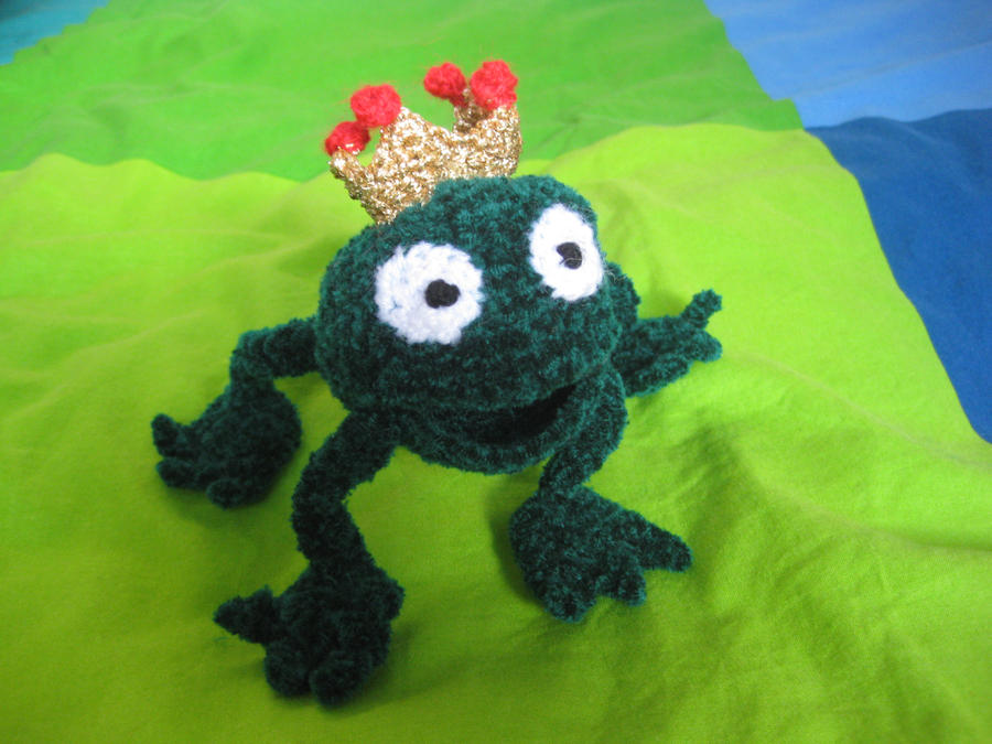 frog king 2 by Twinsmanns
