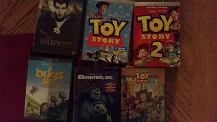 New Disney movies to add to my collection :D