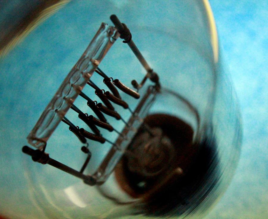 Into The Bulb by El-Amigo-Chico