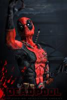 Deadpool sculpture by Threepwoody