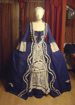 Azdaja's B Robe a la Francaise by HistoricCostume