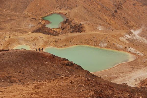Emerald Lakes by celebdu