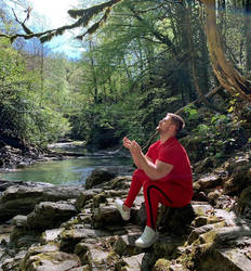 Vladimir Kodra meditating, April 2020
