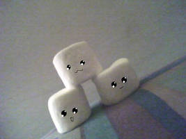 Cute Marshmallows 0__o by 13-hikarii-13