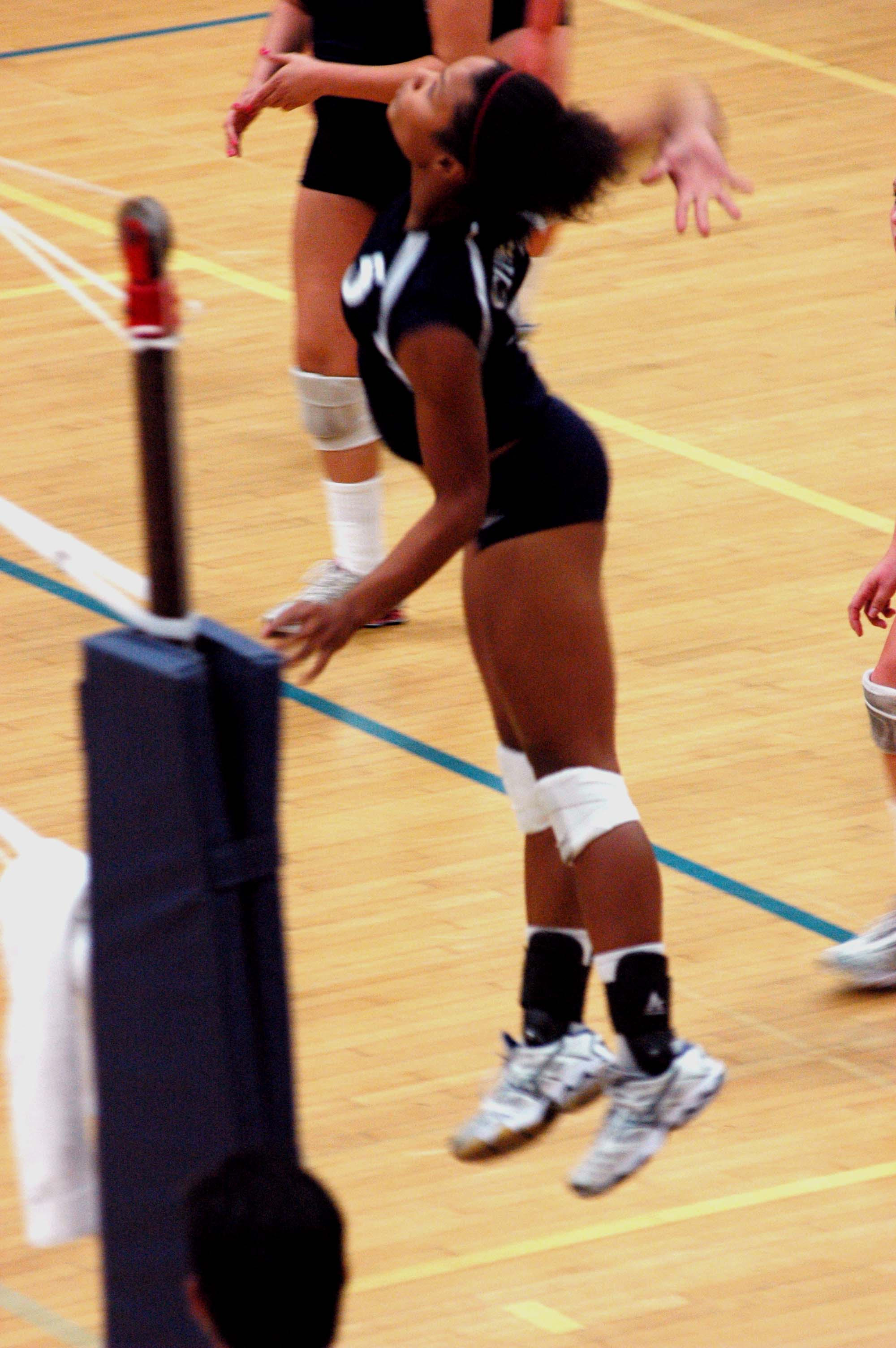 Women's volleyball by arivera626