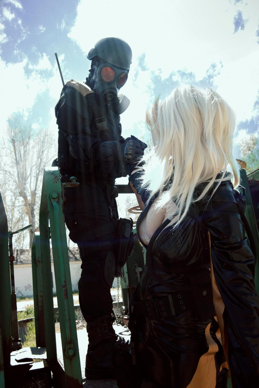 Resident Evil Hunk and Rachel Cosplay 3 by yandrak775
