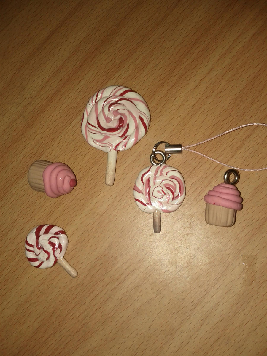 Lollipops and cupcakes