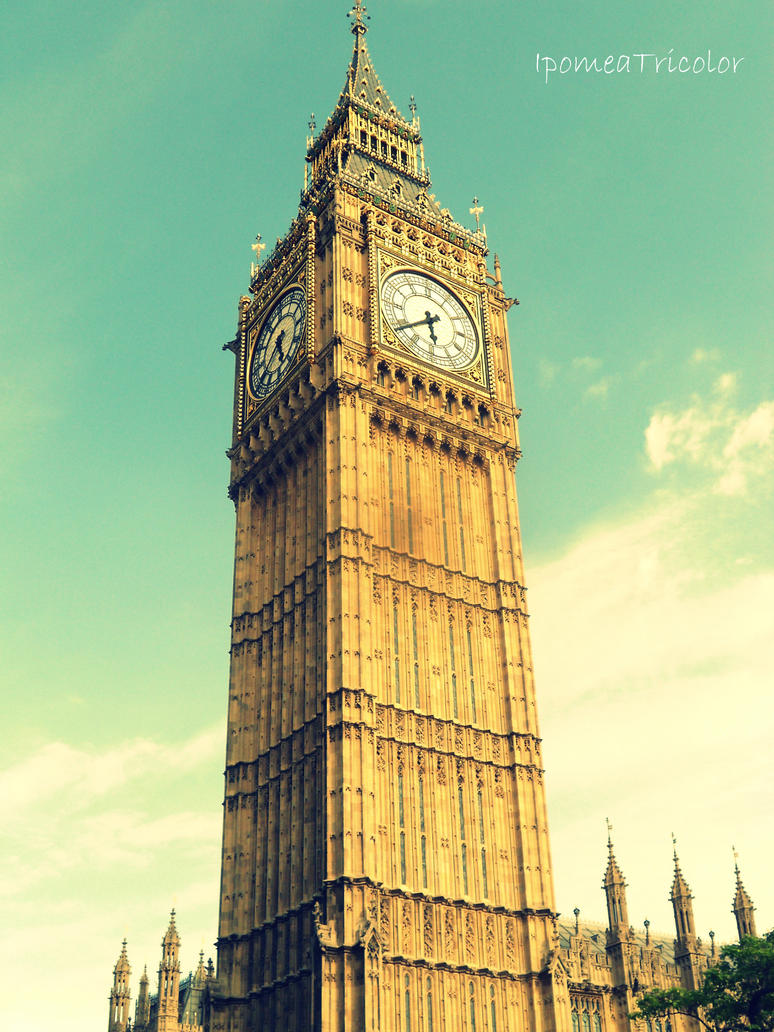 The Big Ben by IpomeaTricolor