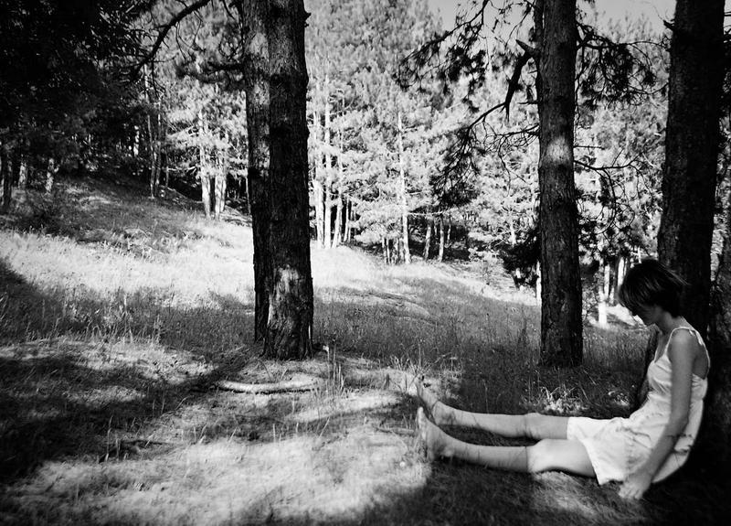 Lost in the wood by WonderMilkyGirl