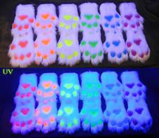 Rainbow UV paw set