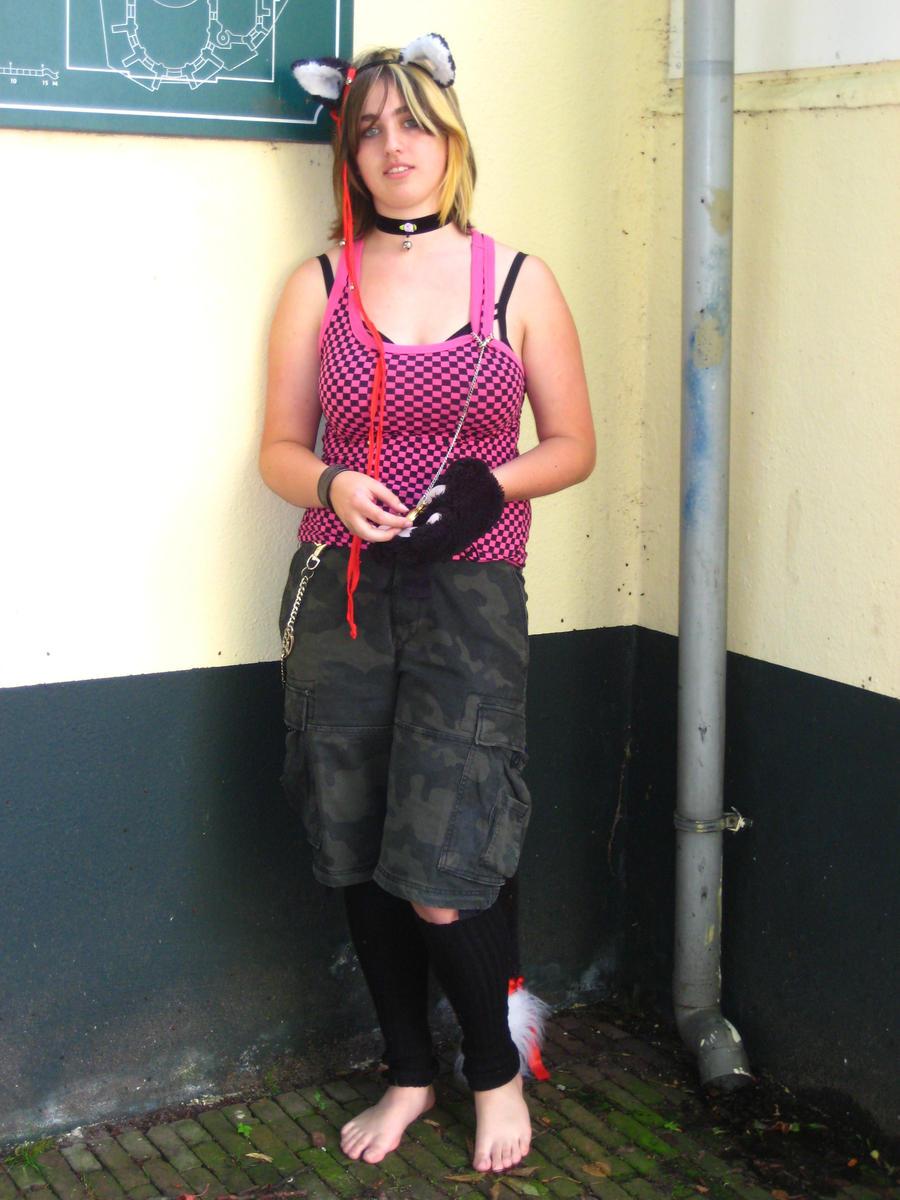 http://img11.deviantart.net/1caf/i/2012/179/8/3/fluffyneko_girl_adventures_085_by_christianprime1_bot-d55642i.jpg