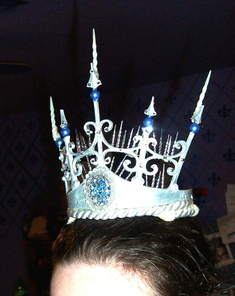 Queen Crown Wallpaper Ice queen  unfinished crown byQueen Crown Wallpaper