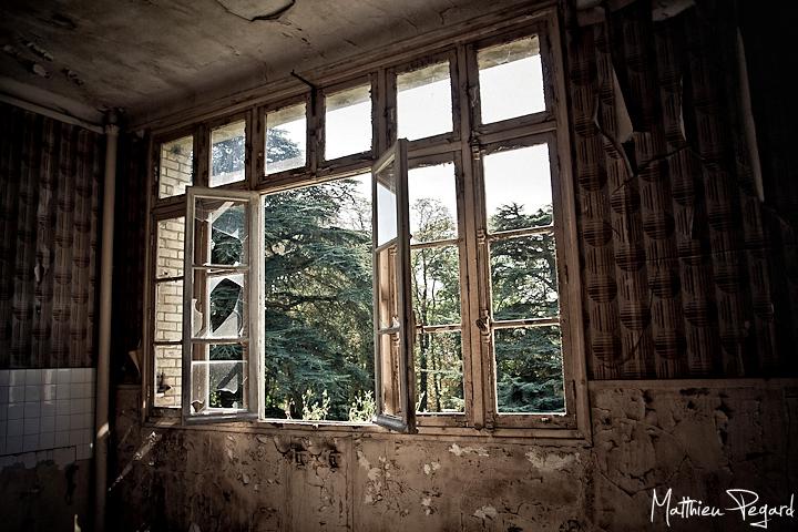 Sanatorium FB 5 by Makavelie