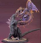 Godzilla vs Megaguiras statue