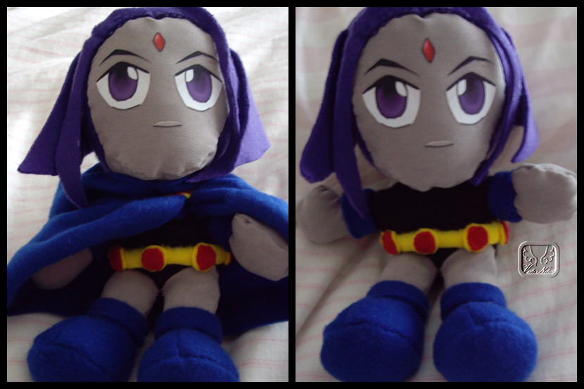 Raven Roth the Plushie by VesteNotus