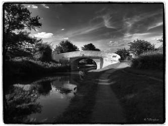 Under the bridge by Talkingdrum