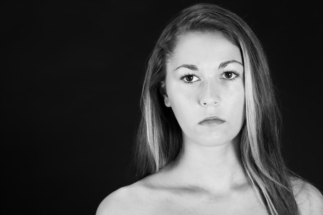 Mia B by huitphotography