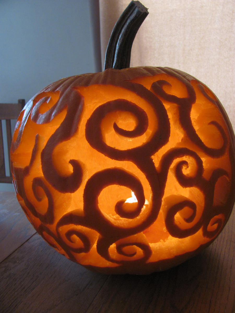 Swirling Jack-o-Lantern by ObsessiveTwilighter1