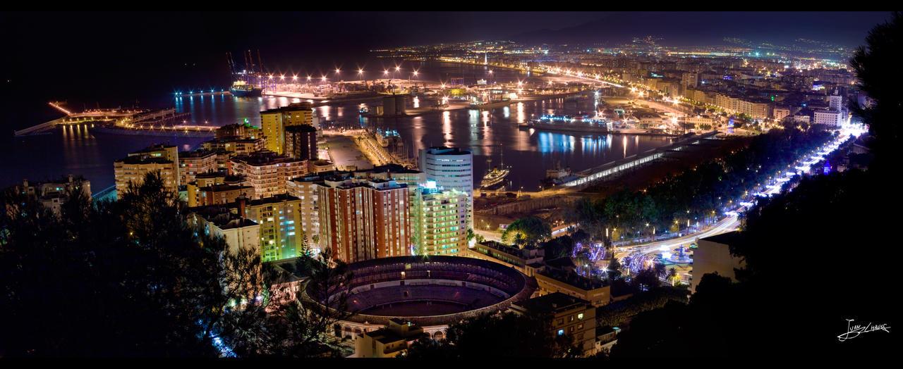 Sigue brillando la ciudad by JuanChaves