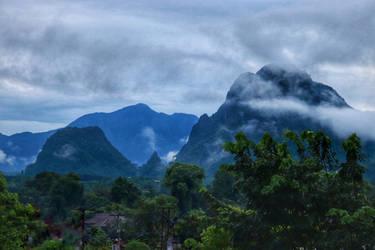 Rainforest fog on limestone - pippoli