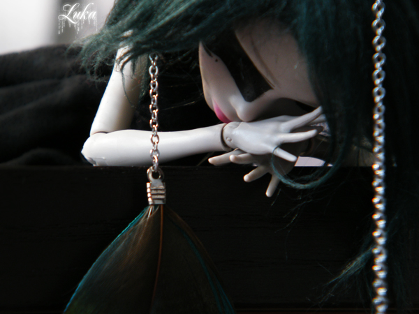 [Monster High Venus McFlyTrap] .Lotus. p.5 - Page 2 Eurydice__my_mh_custom_03_by_lukadolls-d4rwle4
