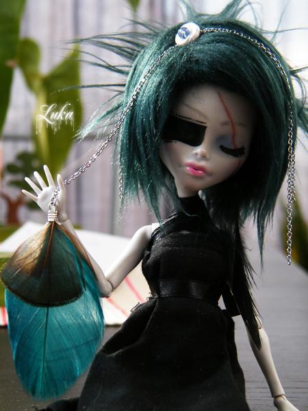 [Monster High Venus McFlyTrap] .Lotus. p.5 - Page 2 Eurydice__my_mh_custom_08_by_lukadolls-d4rwlm7