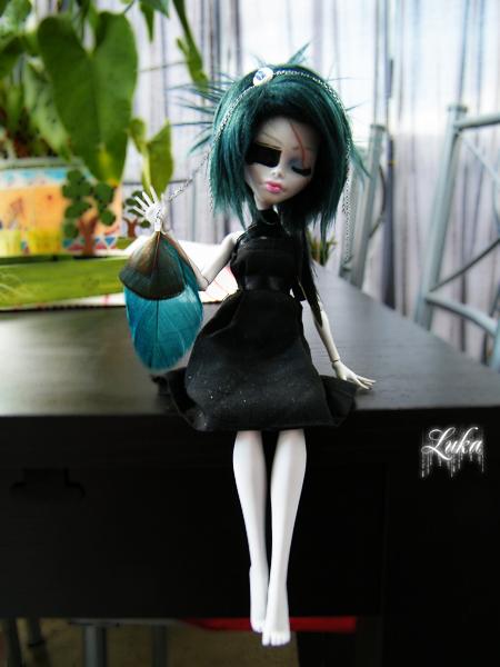 [Monster High Venus McFlyTrap] .Lotus. p.5 - Page 2 Eurydice__my_mh_custom_12_by_lukadolls-d4rwlt8