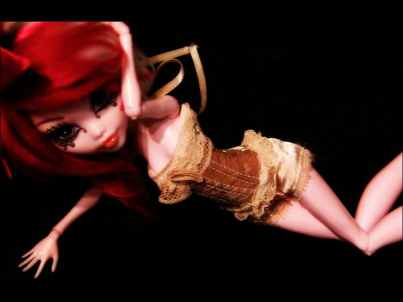 [Monster High Venus McFlyTrap] .Lotus. p.5 - Page 4 Drosera__ii__by_lukadolls-d5hm17r