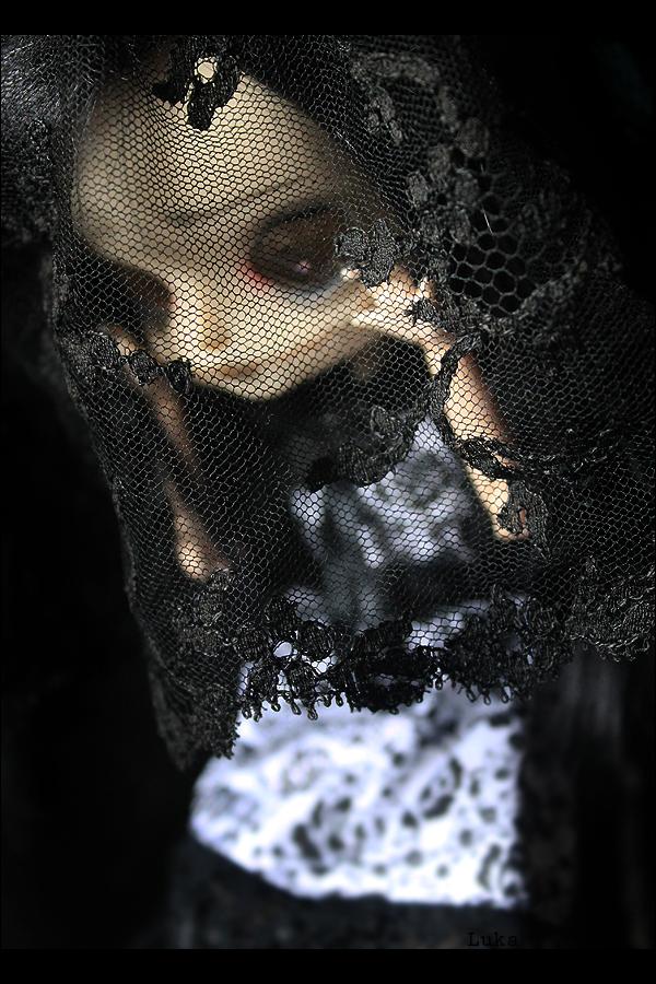 [Les petites choses] La robe p.3 - Page 3 Miss_halloween__ii__by_lukadolls-d84vnbz