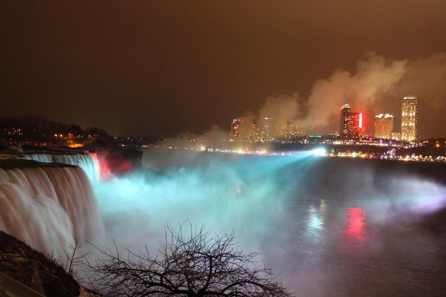 Niagara Falls by malaladanila