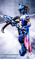 Vayne Dragonslayer Cosplay 1 by IssabelCosplay