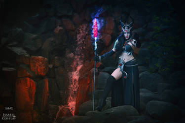 Elven Sorceress Issabel (OC)